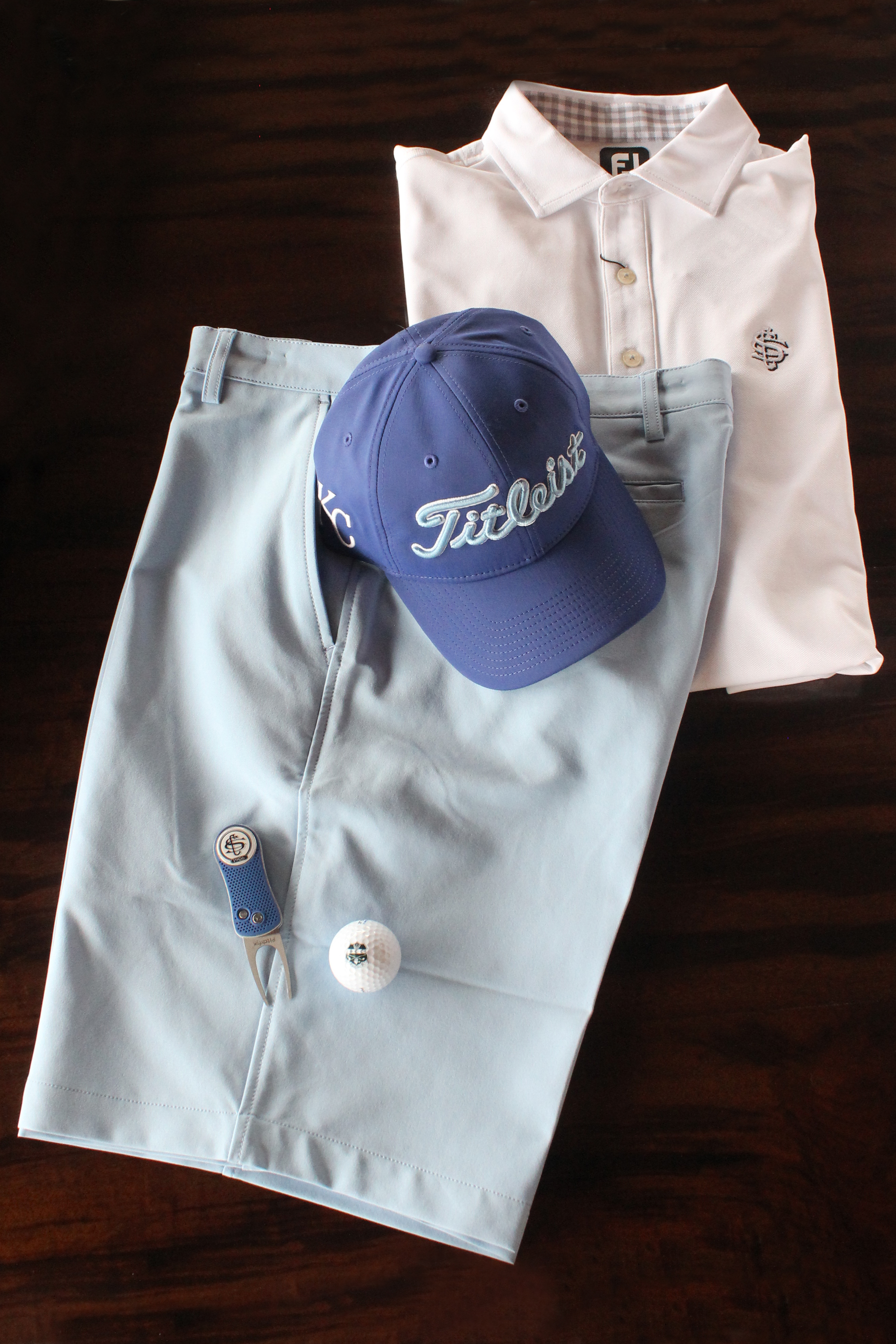 Royals Outfit